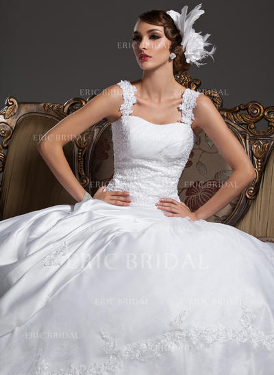 Ball-Gown Sweetheart Court Train Wedding Dresses With Ruffle Lace Beading (002196839)