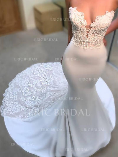 Trumpet/Mermaid Sweetheart Court Train Wedding Dresses With Appliques Lace (002144932)