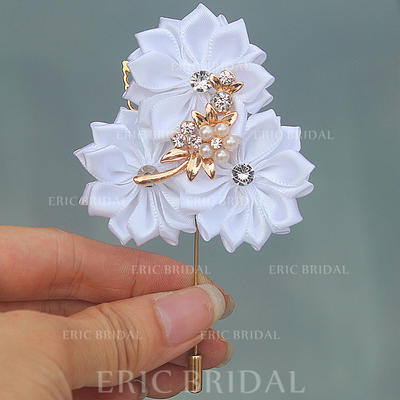 """Boutonniere Free-Form Wedding/Party Satin 2.76"""" (Approx.7cm) Wedding Flowers (123190406)"""