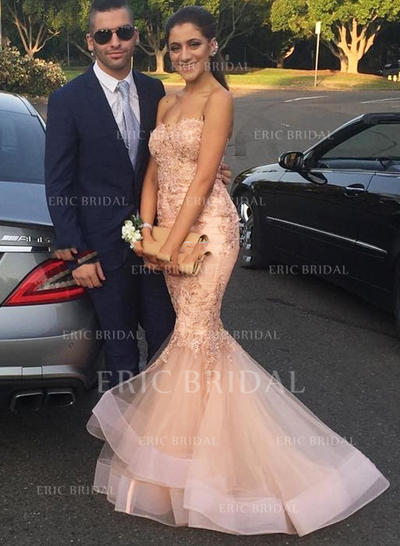Trumpet/Mermaid Sweetheart Sweep Train Prom Dresses With Appliques Lace (018210302)