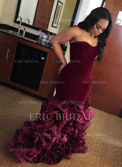 Trumpet/Mermaid Sweetheart Floor-Length Prom Dresses With Ruffle (018211729)