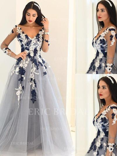 A-Line/Princess Tulle Prom Dresses Appliques Lace V-neck Long Sleeves Sweep Train (018210202)
