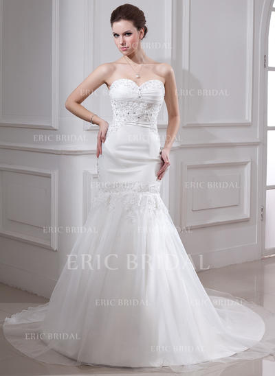 Trumpet/Mermaid Sweetheart Chapel Train Wedding Dresses With Ruffle Lace Beading (002000325)