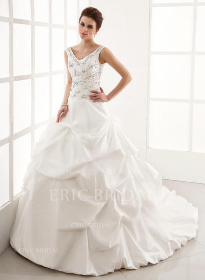 Ball-Gown Sweetheart Cathedral Train Wedding Dresses With Ruffle Beading (002196829)