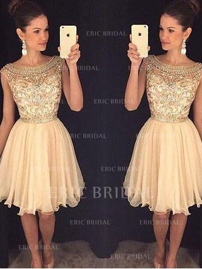 A-Line/Princess Scoop Neck Knee-Length Tulle Cocktail Dresses With Beading Sequins (016145352)