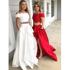 A-Line/Princess Off-the-Shoulder Sweep Train Prom Dresses With Lace