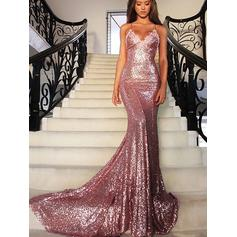 Trumpet/Mermaid V-neck Court Train Prom Dresses