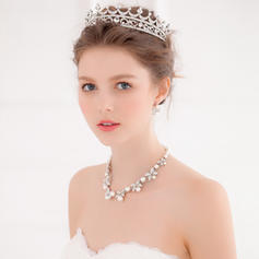 """Tiaras Wedding/Special Occasion/Party Alloy 6.69""""(Approx.17cm) 4.72""""(Approx.12cm) Headpieces"""
