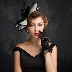 Feather/Tulle/Linen With Feather Fascinators Elegant Ladies' Hats