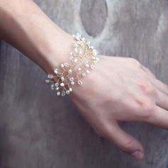 Bracelets Alloy/Imitation Pearls Imitation Pearls Ladies' Romantic Wedding & Party Jewelry