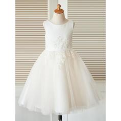 A-Line/Princess Scoop Neck Tea-length Satin/Tulle/Lace Sleeveless Flower Girl Dresses