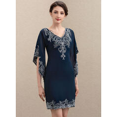 Sheath/Column V-neck Knee-Length Chiffon Lace Cocktail Dress With Sequins