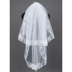 Fingertip Bridal Veils Tulle Two-tier Oval With Lace Applique Edge Wedding Veils