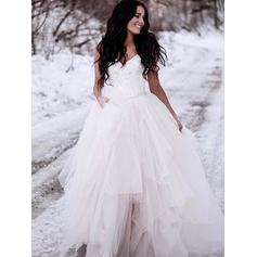 V-neck Ball-Gown Wedding Dresses Tulle Ruffle Lace Sleeveless Sweep Train