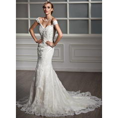 Trumpet/Mermaid Sweetheart Chapel Train Wedding Dresses With Lace Beading (002210411)