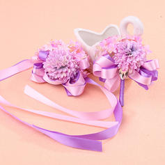 Wrist Corsage/Boutonniere/Men's Accessories Wedding Girly Wrist Corsage/Boutonniere Wedding Flowers