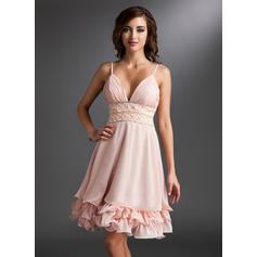 A-Line/Princess V-neck Knee-Length Chiffon Homecoming Dress With Ruffle Beading Sequins (022021031)
