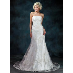 Trumpet/Mermaid Strapless Court Train Wedding Dresses With Beading Appliques (002000368)