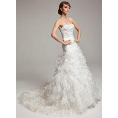 A-Line/Princess Sweetheart Chapel Train Wedding Dresses With Beading Cascading Ruffles (002196901)