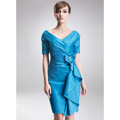 Sheath/Column Taffeta Short Sleeves Off-the-Shoulder Knee-Length Zipper Up Mother of the Bride Dresses