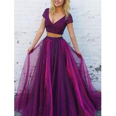 A-Line/Princess Tulle Prom Dresses Beading V-neck Short Sleeves Floor-Length