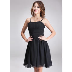 A-Line/Princess Sweetheart Knee-Length Homecoming Dresses With Ruffle