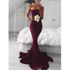 Trumpet/Mermaid Strapless Sweep Train Prom Dresses