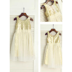 A-Line/Princess Scoop Neck Knee-length With Sequins Tulle/Sequined Flower Girl Dresses