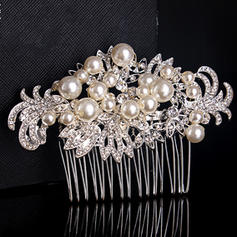 Combs & Barrettes Wedding/Special Occasion/Casual/Outdoor/Party Rhinestone/Alloy/Imitation Pearls Beautiful Ladies Headpieces