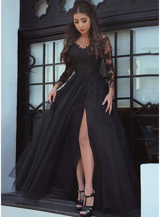A-Line/Princess V-neck Court Train Tulle Prom Dresses With Split Front
