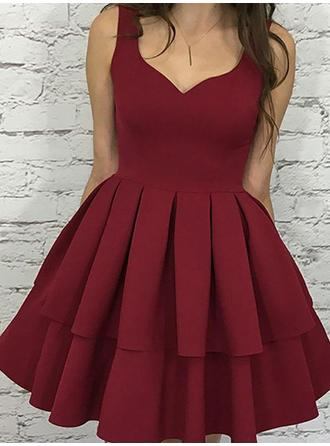 A-Line/Princess V-neck Short/Mini Homecoming Dresses With Cascading Ruffles