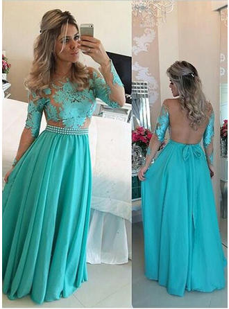 A-Line/Princess Scoop Neck Floor-Length Prom Dresses With Ruffle Sash Appliques Lace