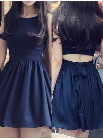 A-Line/Princess Scoop Neck Short/Mini Chiffon Homecoming Dresses With Ruffle Sash