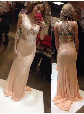 Sheath/Column V-neck Sweep Train Prom Dresses With Appliques