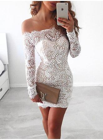 Sheath/Column Off-the-Shoulder Short/Mini Homecoming Dresses With Lace