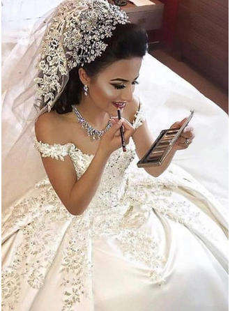 Ball-Gown Off-The-Shoulder Court Train Wedding Dresses With Appliques Lace