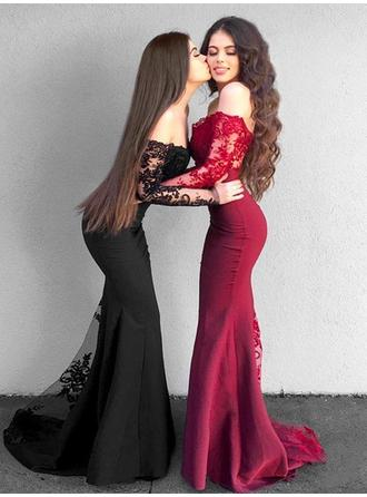 Trumpet/Mermaid Off-the-Shoulder Floor-Length Prom Dresses With Appliques