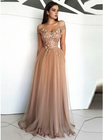 A-Line/Princess Off-the-Shoulder Floor-Length Prom Dresses With Appliques Lace