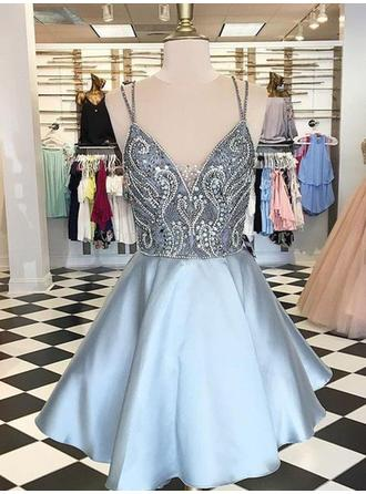 A-Line/Princess V-neck Short/Mini Homecoming Dresses With Beading