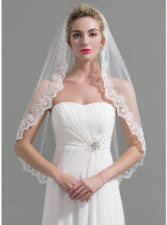 Fingertip Bridal Veils Tulle One-tier Classic/Oval With Lace Applique Edge Wedding Veils