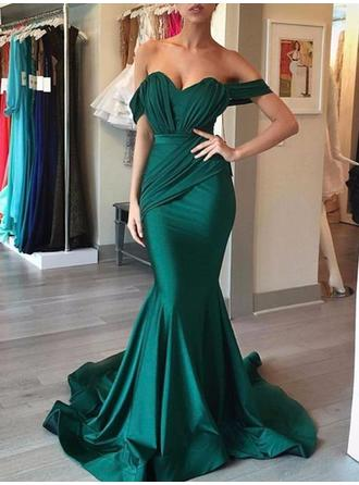 Trumpet/Mermaid Off-the-Shoulder Sweep Train Prom Dresses With Ruffle