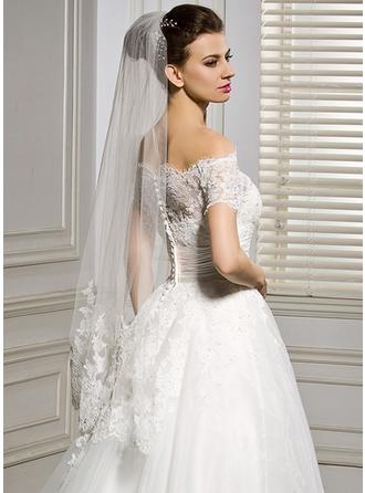 Fingertip Bridal Veils Tulle One-tier Classic With Lace Applique Edge Wedding Veils