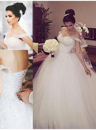 Ball-Gown Tulle Sleeveless Off-The-Shoulder Floor-Length Wedding Dresses