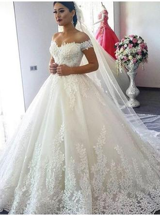 Ball-Gown Off-The-Shoulder Sweep Train Wedding Dresses With Lace