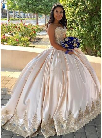 Ball-Gown Sweetheart Sweep Train Prom Dresses With Appliques