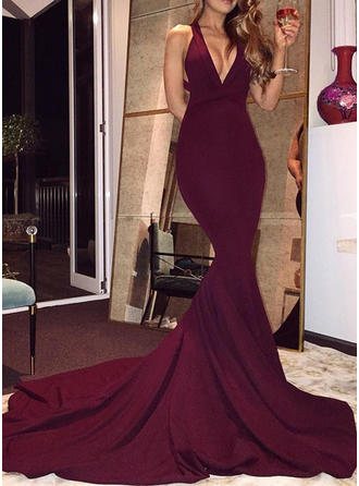 Trumpet/Mermaid V-neck Court Train Evening Dresses